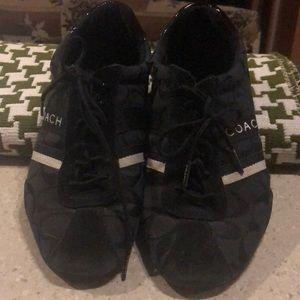 Coach lace up shoes size 8M good condition